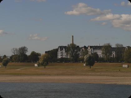 ドイツ Düsseldorf ライン川