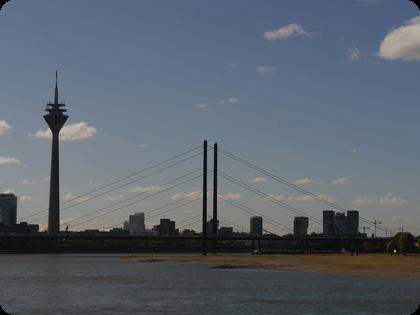 ドイツ ライン川 Düsseldorf